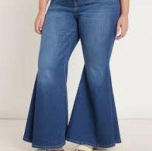 NWT Eloquii blue bell bottom jean size 18